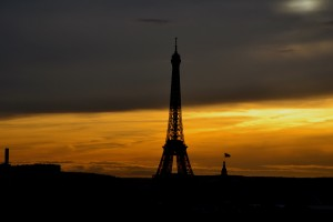 tour-eiffel-sunset